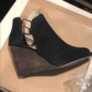 Lucky brand suede peep toe wedges